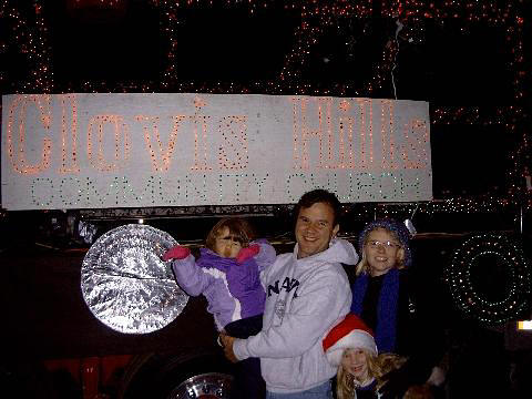 dickersons-at-christmas-light-parade